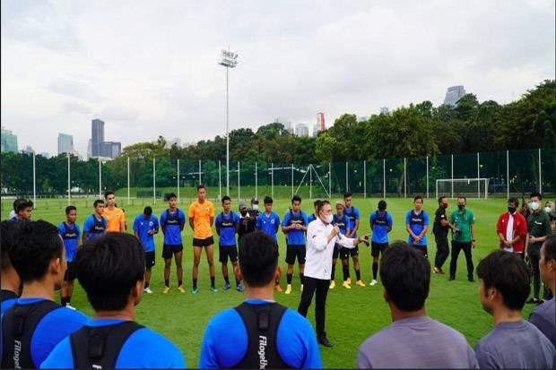 Jelang Kualifikasi AFC U-23: Ayo Garuda Muda, Tirulah Timnas Senior!