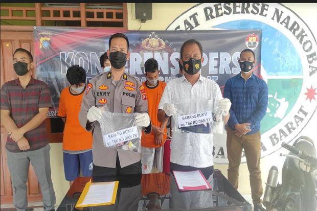 Tim Hantu Polres Bangka Barat Bekuk 2 Bandar dan 2 Kurir Narkoba
