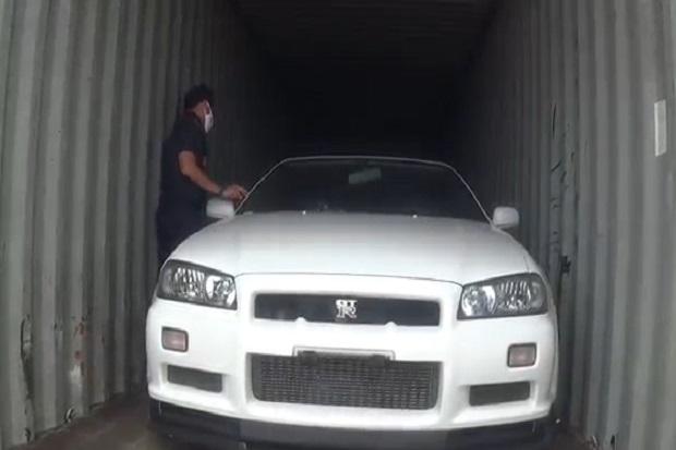 Bea Cukai Batam Lelang Nissan GTR 34 Selundupan, Terjual Seharga Rp2,7 Miliar