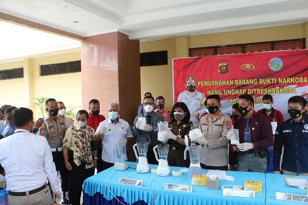 Selamatkan 19.029 Orang, Polda Sumsel Blender 3,1 Kg Sabu