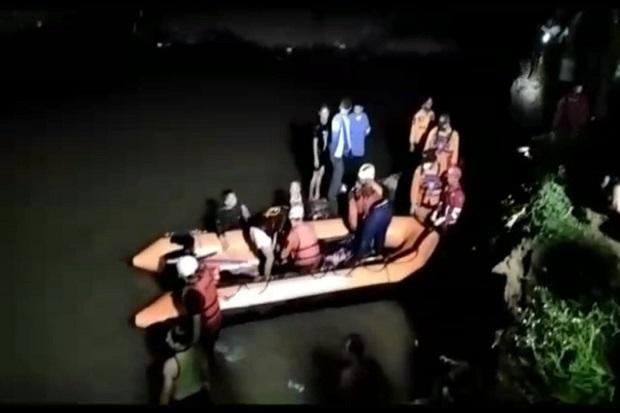 10 Santri Ditemukan Tak Bernyawa di Sungai Cileueur, Satu Masih Hilang
