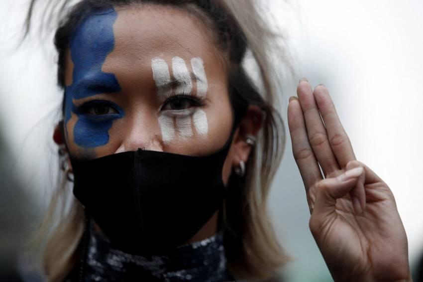 Kekuatan Penggemar K-Pop dalam Aksi Demonstrasi, Kali Ini di Thailand