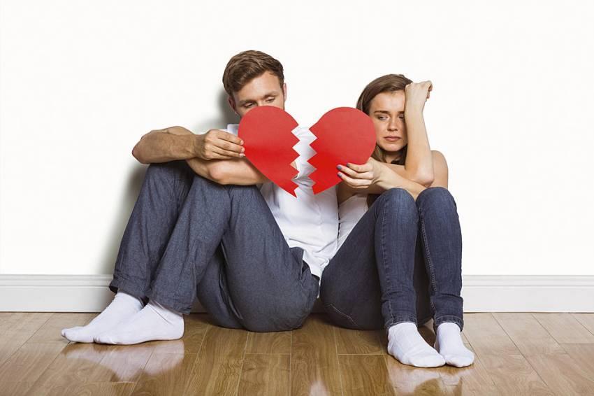 10 Tanda Hubungan Kamu dan Dia Harus Berakhir