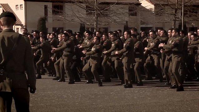 5 Yel-yel Unik Militer dan Kepolisian di Berbagai Negara