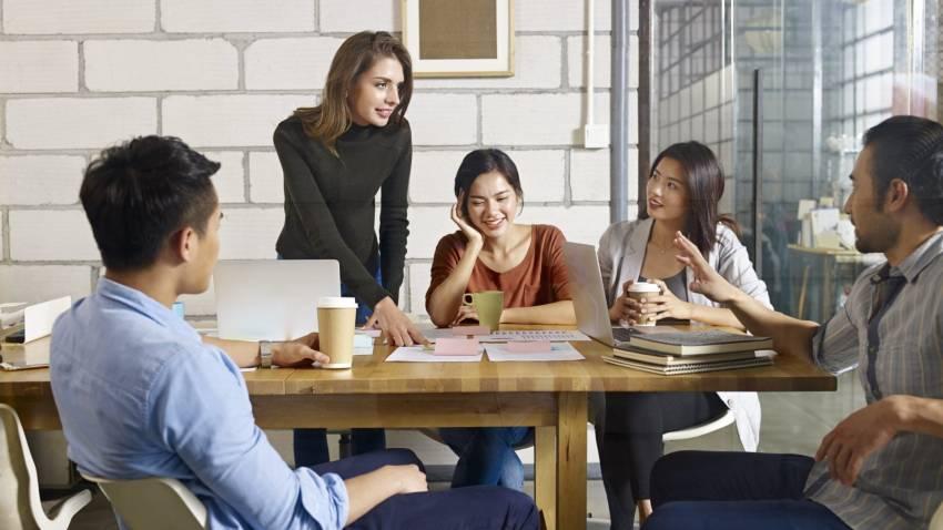 Cek Perbedaan Sistem Kerja dan Budaya di Korporasi, Startup, dan Pemerintahan