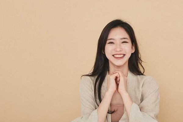 Tampilan Gaya Kece Han Ji-hyun, Pemeran Antagonis The Penthouse