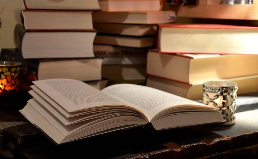 Bosan saat Puasa? Baca 5 Buku tentang Kisah Para Muslim di Seluruh Dunia Ini