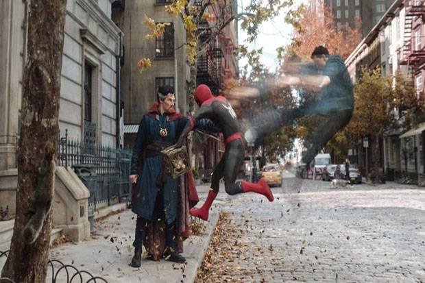 Tak Ada Tobey Maguire dan Andrew Garfield, Daredevil Nongol di Trailer Spider-Man: No Way Home?
