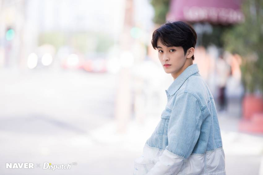 Potret Mark NCT Boyfriend Material, Pas Buat Bahan Halu!